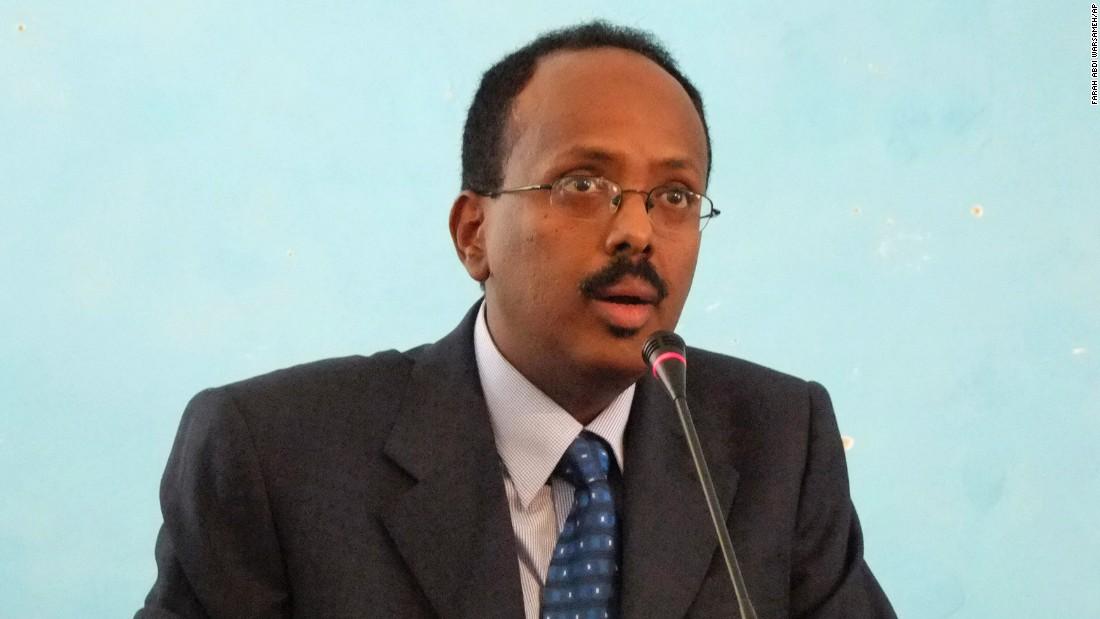 Car bomb in Somalia leaves at least 30 dead