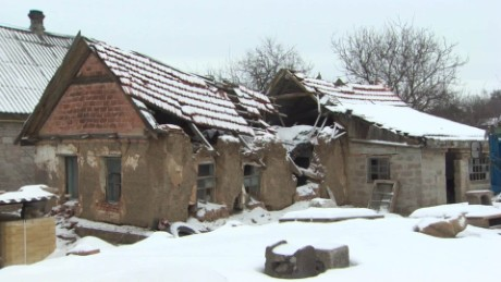 Families struggle in war-torn Eastern Ukraine