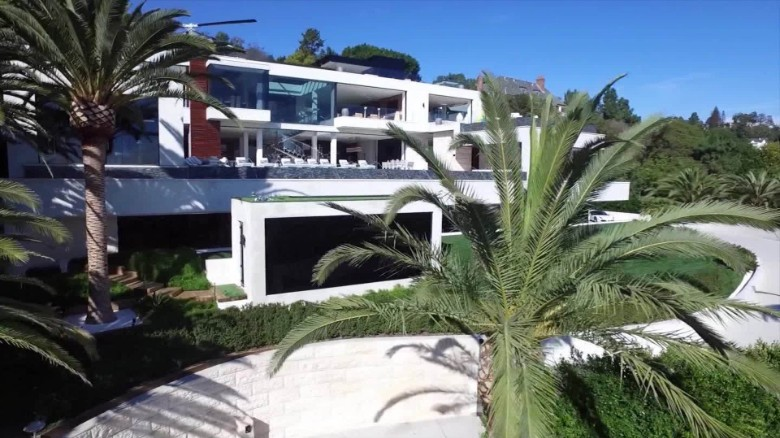 House hunting inside the 250 million mansion that 39 s up for Most expensive homes for sale in california