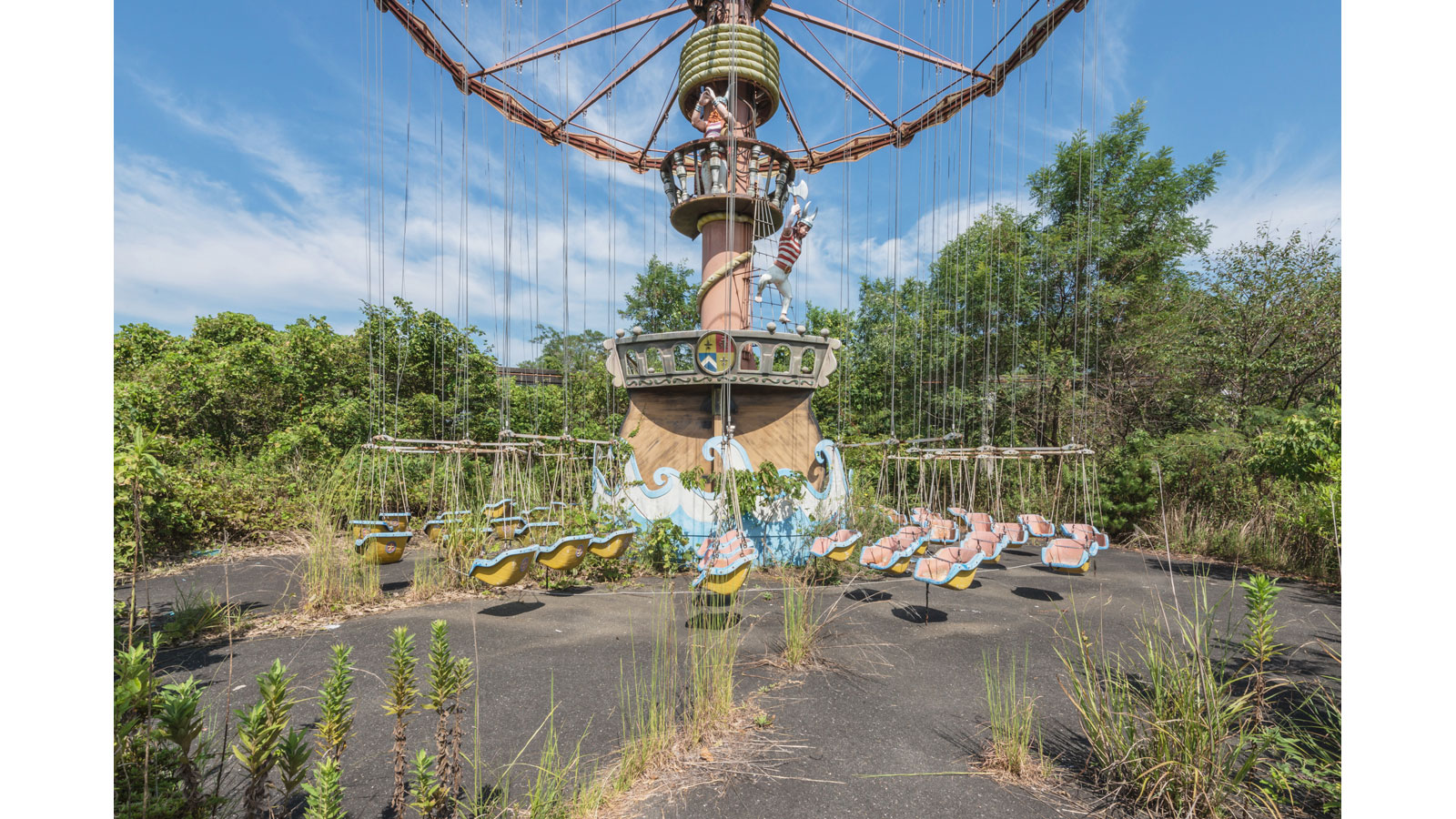 Dreamland Decay The Final Moments Of A Forgotten Theme Park Cnn Style
