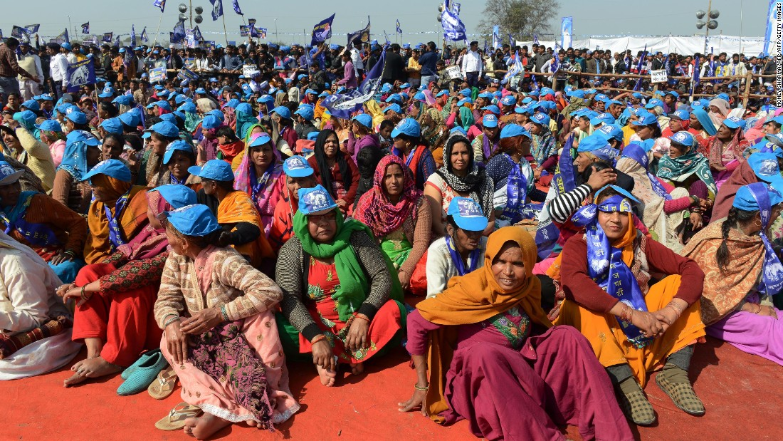 Bahujan Samaj Party supporters listen to leader Mayawati during an election rally on February 7, 2017. Mayawati is seeking a fifth term as Chief Minister. She was beaten convincingly in 2012 by the Samajwadi Party.