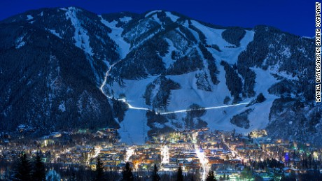 If you're going to ski, here's how to do it safely in the pandemic