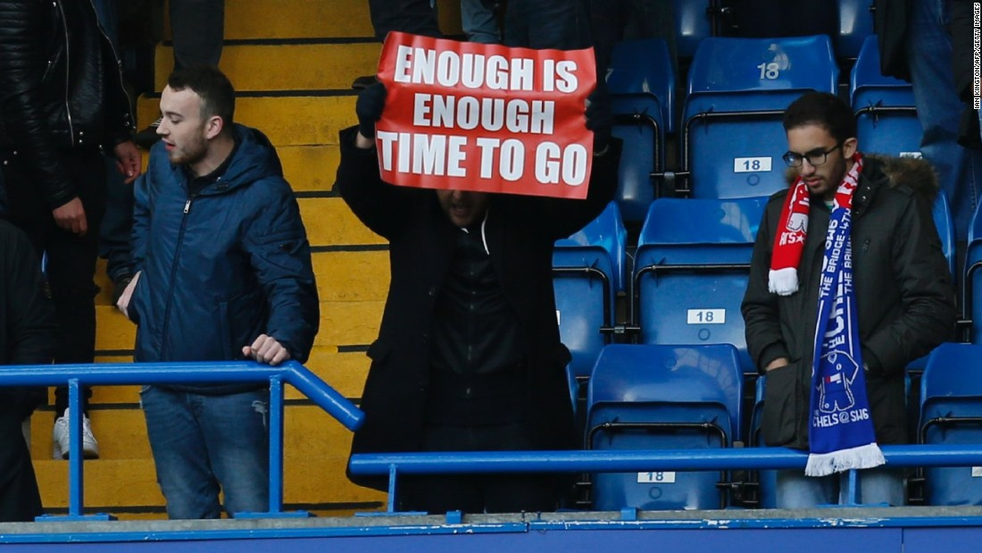An increasing number of supporters have called on Wenger to quit, this fan making his feelings clear after Arsenal's recent 3-1 defeat to Premier League leaders Chelsea. The Gunners are 10 points behind its London rival and look set to go a 12th year without winning the title.
