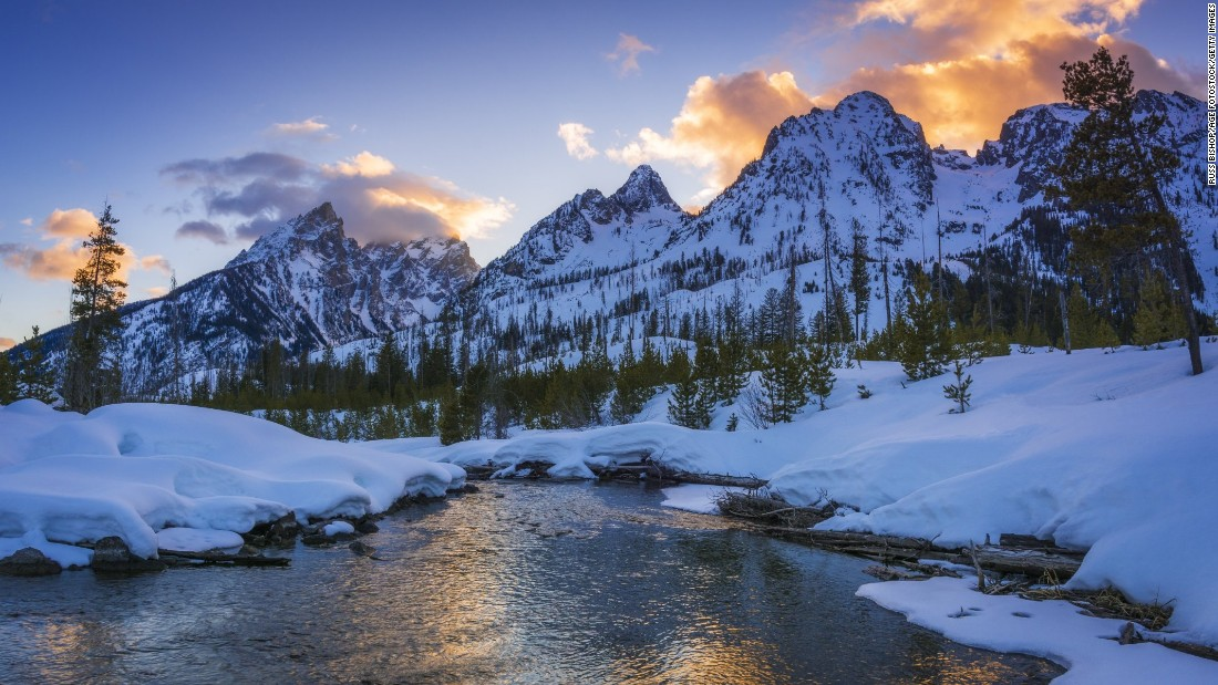 <strong>9. Grand Teton National Park, Wyoming: </strong>The Teton Range at this national park rises 7,000 feet above the valley at Jackson Hole. The 13,770-foot-tall Grand Teton is the highest peak, but there are eight peaks more than 12,000 feet in elevation.