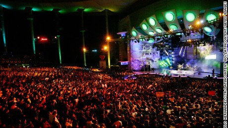 VINA DEL MAR, CHILE - FEBRUARY 27:  A view of  the 50th Vina Del Mar song festival on February 27, 2009 in Vina Del Mar, Chile. (Photo by Marcelo Hernandez/LatinContent/Getty Images)