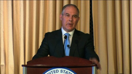 EPA's Pruitt facing challenge from conservatives