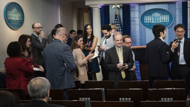 CNN and others blocked from White House media briefing