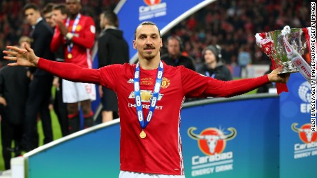 LONDON, ENGLAND - FEBRUARY 26:  Zlatan Ibrahimovic of Manchester United celebrates victory with the trophy after during the EFL Cup Final between Manchester United and Southampton at Wembley Stadium on February 26, 2017 in London, England. Manchester United beat Southampton 3-2.  (Photo by Alex Livesey/Getty Images)