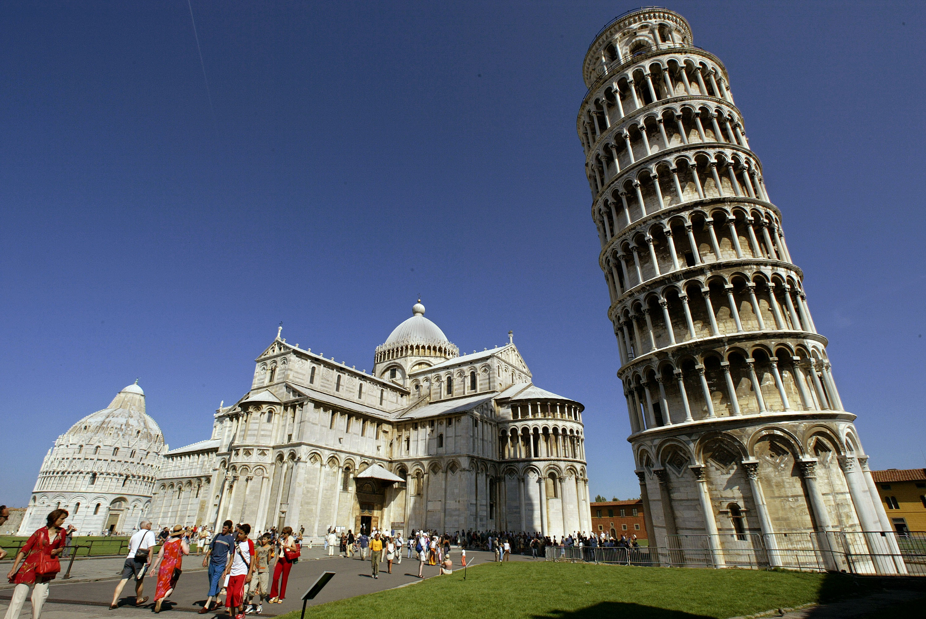 Leaning Tower Of Pisa Is Starting To Straighten Up Ever So Slowly Cnn Travel