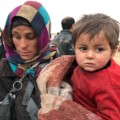 01 residents flee mosul