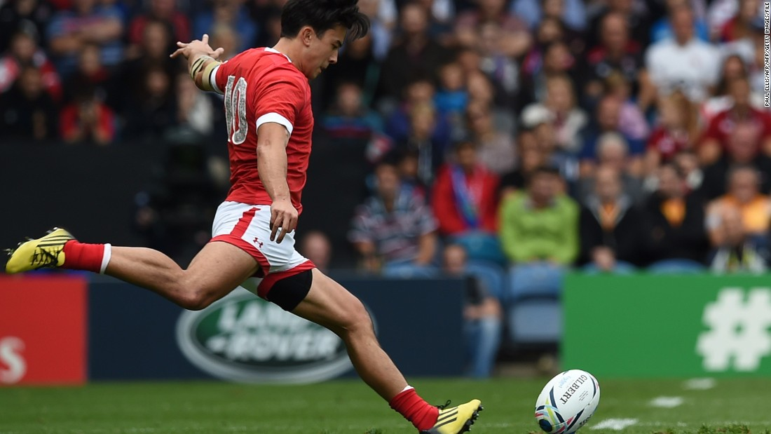 Goalkicking is one part of his game. Pictured at the 2015 Rugby World Cup, he has landed 274 conversions in sevens matches.