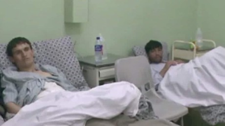 survivors of Afghanistan hospital talk Walsh pkg_00005730.jpg