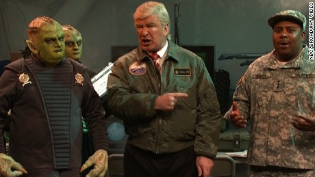 snl baldwin trump alien 2