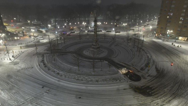 Time lapses show snow cover the Northeast