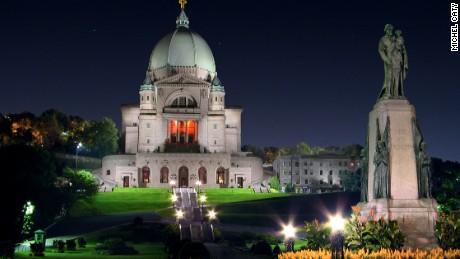Nhà nguyện của Thánh Giuse ở Montreal.