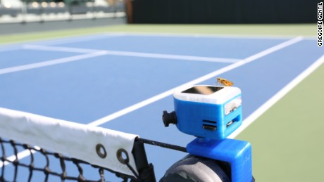The In/Out device uses artificial intelligence to track the movement and speed of the ball.