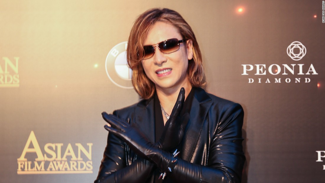 Yoshiki Hayashi, from the popular Japanese metal band X Japan, opened for the Asian Film Awards.