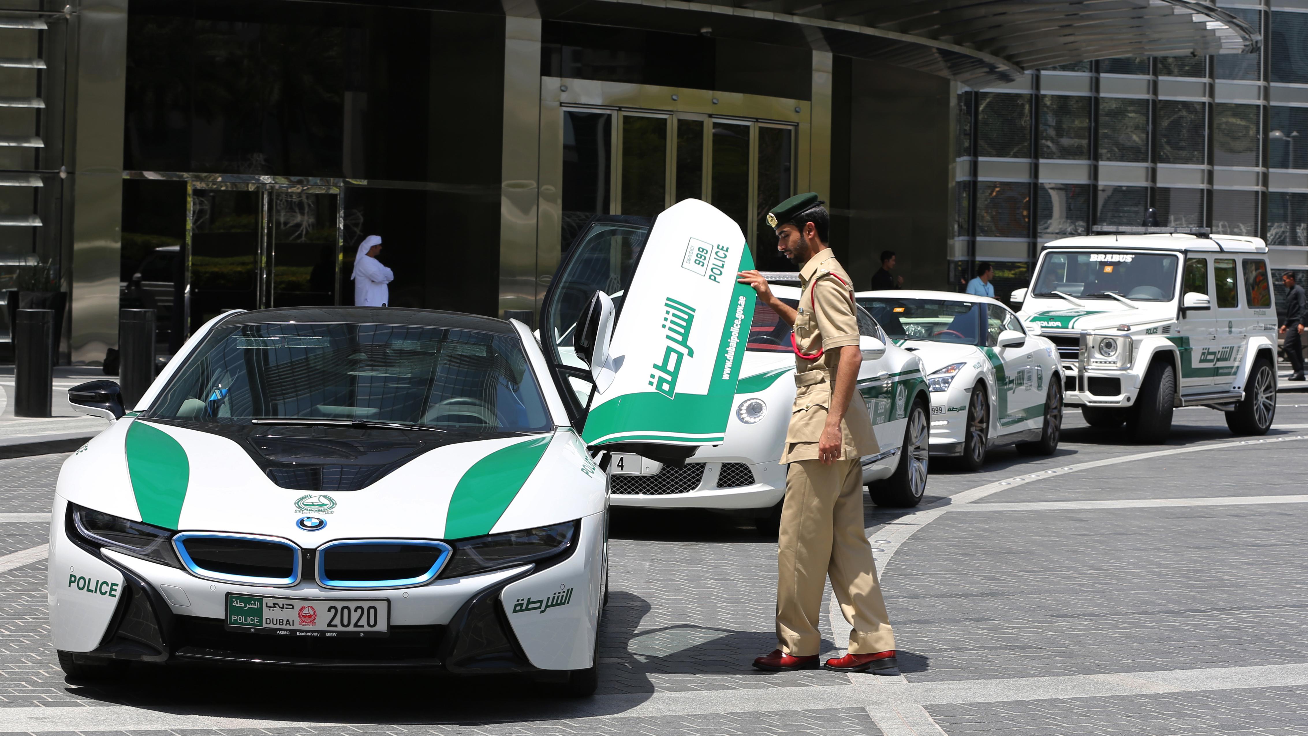 170322093948-01-dubai-police-supercars Astounding Bugatti Veyron Need for Speed World Cars Trend