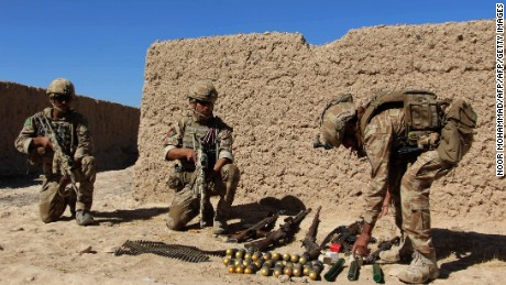US Marines return to volatile Afghan province