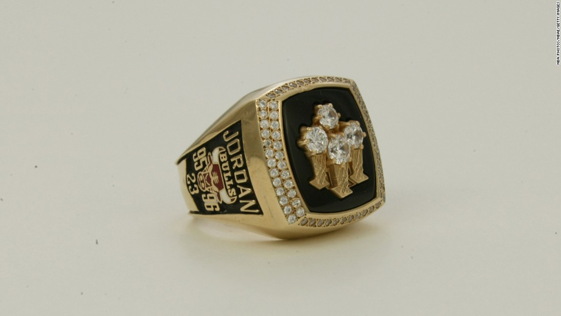 During the 1995-96 season, the Chicago Bulls set an NBA record by winning 72 regular-season games. They went on to win the title and this ring, which signifies the franchise's fourth championship.