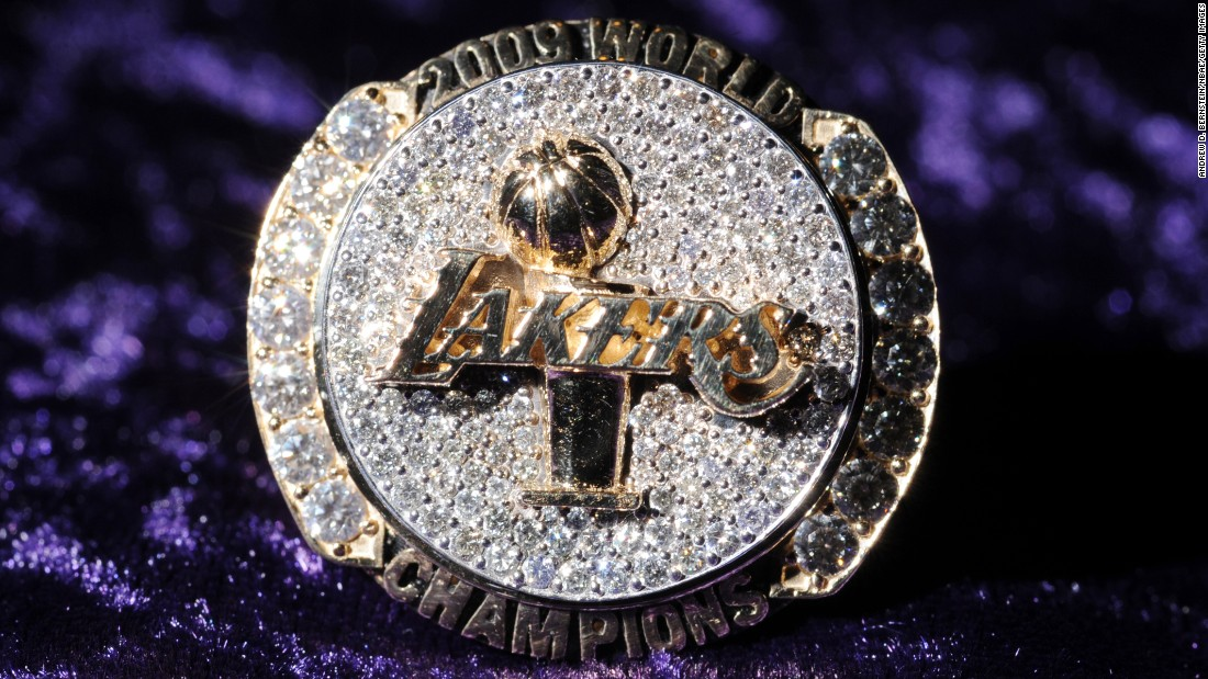 This 2009 championship ring includes the Lakers' logo and the Larry O'Brien Trophy.