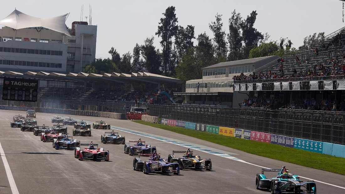 NextEV driver Oliver Turvey leads at the start of the Mexico ePrix at the Autodromo Hermanos Rodriguez.
