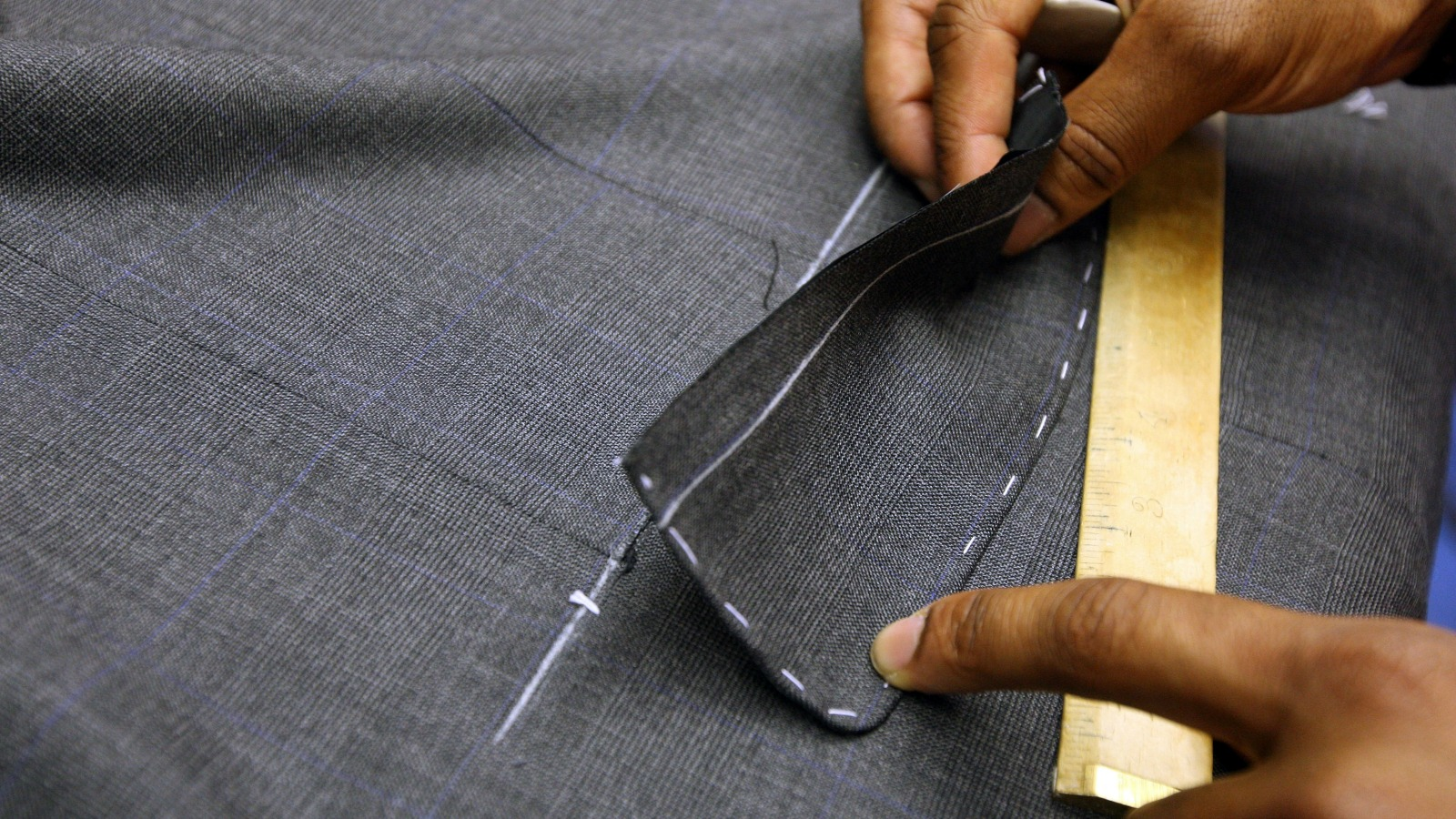 Tips from top tailors on how to buy a bespoke suit | CNN Travel