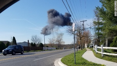 An F-16 from the 113th Fighter Wing of the Air National Guard crashes in Maryland.