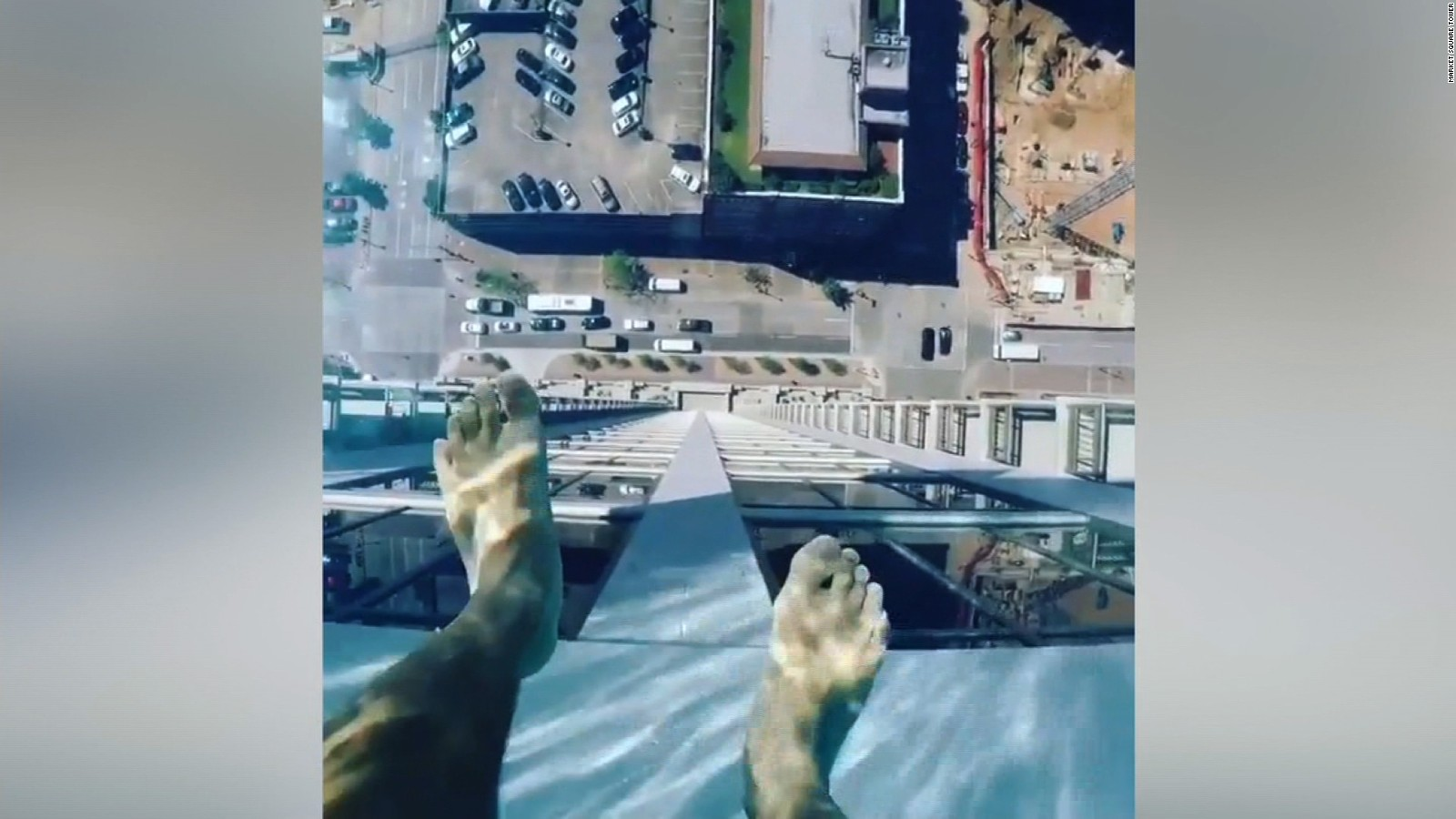 Glassbottomed Pool Feet Above Houston CNN Travel - This pool lets you swim over the edge of a 42 storey building