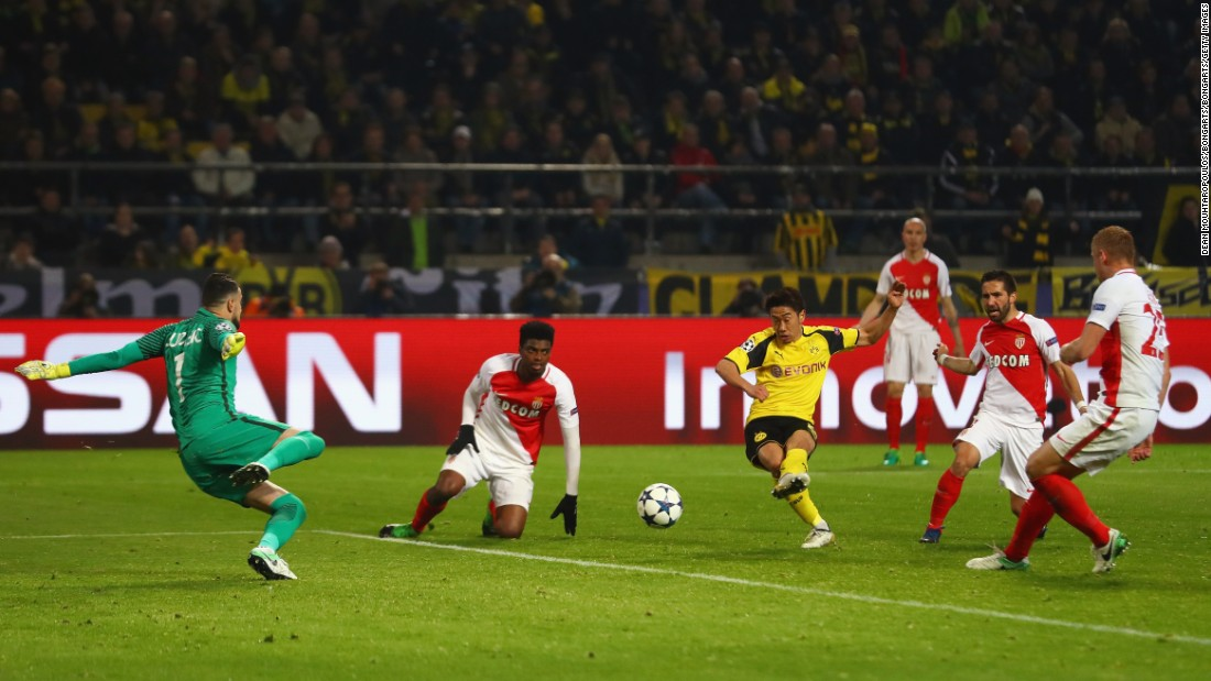 Shinji Kagawa scored late for Dortmund, giving the Germans hope heading into next week's return fixture in Monaco.