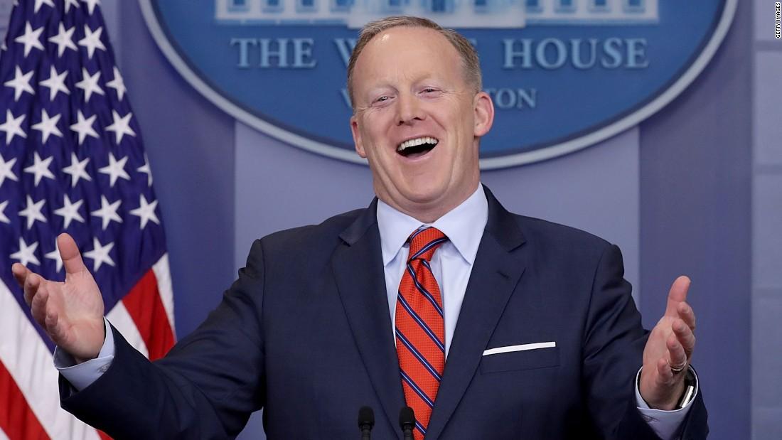 Cillizza: Sean Spicer's worst week in Washington