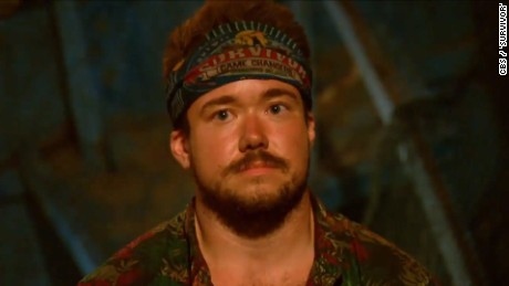 zeke smith survivor transgender outed vstop dlewis orig_00000000.jpg