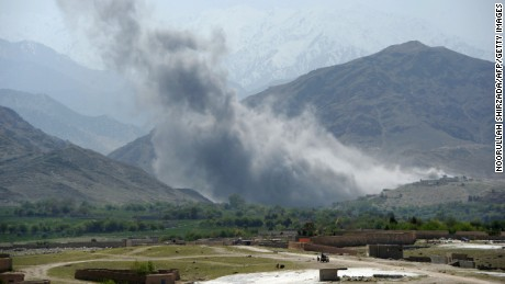 Afghan soldier kills 3 US soldiers, US official says