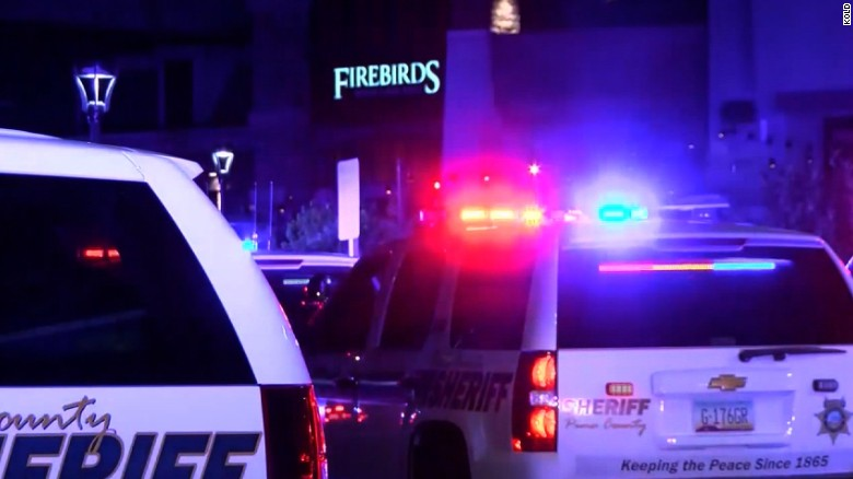 Two dead, one injured in Arizona mall shooting