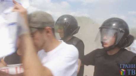 Gay Chechen men tell of torture, mass arrests
