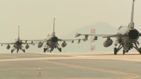 US and South Korea launch 'Max Thunder' drills