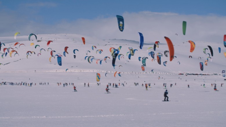 The world's biggest snowkiting race