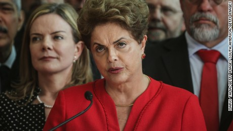 BRASILIA, BRAZIL - AUGUST 31:  Impeached President Dilma Rousseff delivers her farewell address in Alvorado Palace on August 31, 2016 in Brasilia, Brazil. Rousseff was impeached by the Senate and is now permanently removed from office while being replaced by new President Michel Temer.  (Photo by Mario Tama/Getty Images)