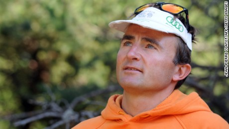 Famed Swiss climber Ueli Steck dies in Everest training accident
