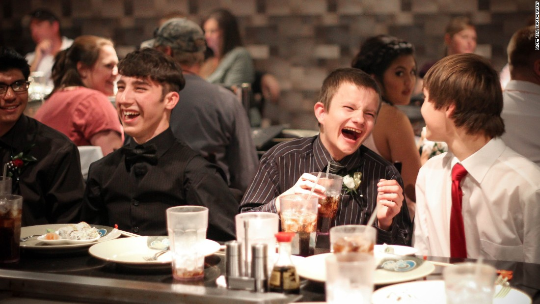The special prom evening included a trip to a local hibachi grill restaurant.