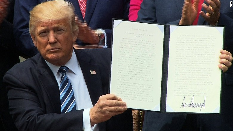 Trump signs religious liberty executive order
