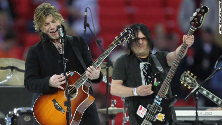 Goo Goo Dolls release first holiday album