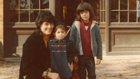CNN's Jessica Ravitz with her mother and older brother in the early 1970s.