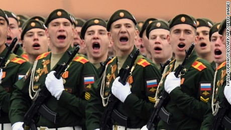 Russian servicemen take part in the Victory Day military parade at Red Square in Moscow on May 9, 2017. Russia marks the 72nd anniversary of the Soviet Union's victory over Nazi Germany in World War Two. / AFP PHOTO / Kirill KUDRYAVTSEV        (Photo credit should read KIRILL KUDRYAVTSEV/AFP/Getty Images)