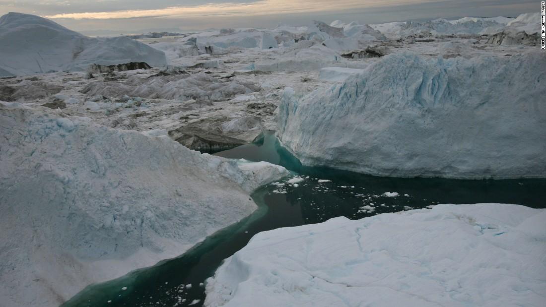 Trump's false claims about the polar ice caps