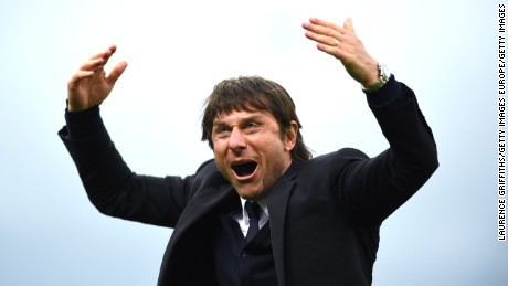 STOKE ON TRENT, ENGLAND - MARCH 18: Antonio Conte of Chelsea celebrates victory during the Premier League match between Stoke City and Chelsea at Bet365 Stadium on March 18, 2017 in Stoke on Trent, England.  (Photo by Laurence Griffiths/Getty Images)