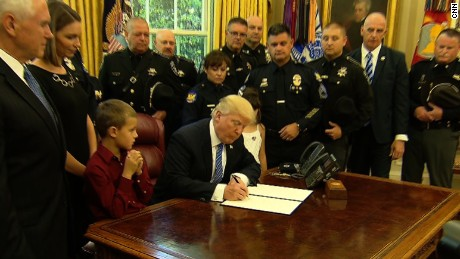 Trump meets with police officers 5/15