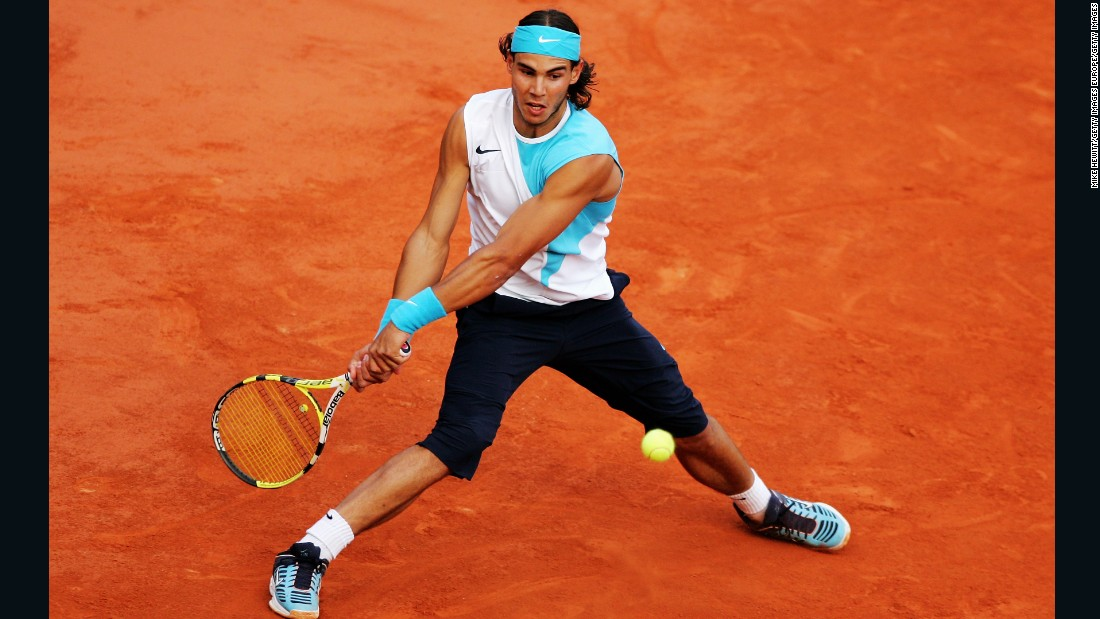 In 2007, the then 20-year-old Nadal's status as the 'King of Clay' was sealed. Defeat to Federer at the Masters Series in Hamburg ended an 81-match unbeaten streak on clay, which remains a men's Open Era record today. At that year's French Open, Nadal opted for the reverse of 2006's top-bandana combo -- this time with matching trainers to boot.