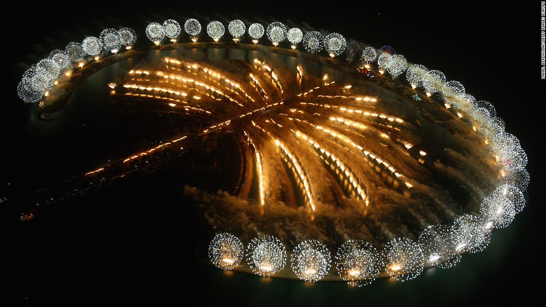Dubai celebrates the landmark grand opening of Atlantis, The Palm Resort in 2008.