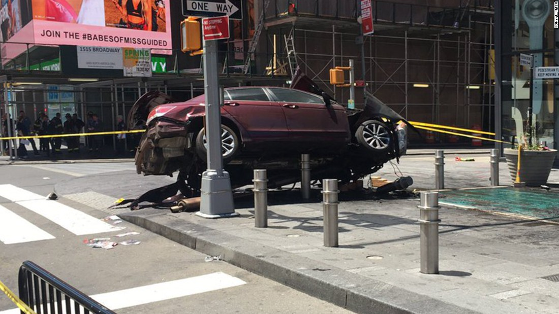 Car barrels into pedestrians in New York's Times Square